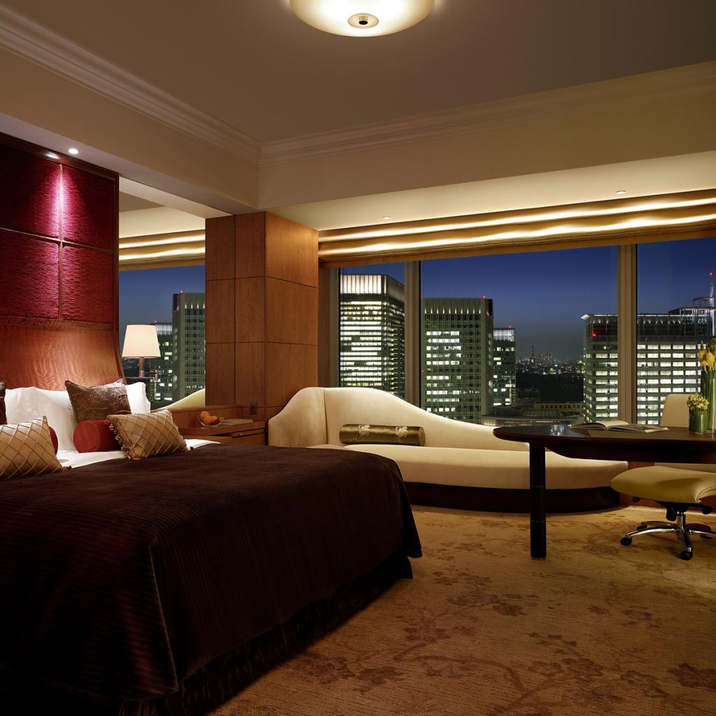 Apartment Wallpaper: Bedroom In Apartment Desktop Wallpapers 1024x1024