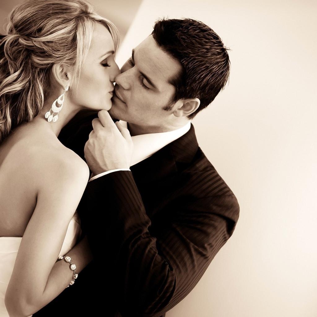 поцелуй романтический картинки