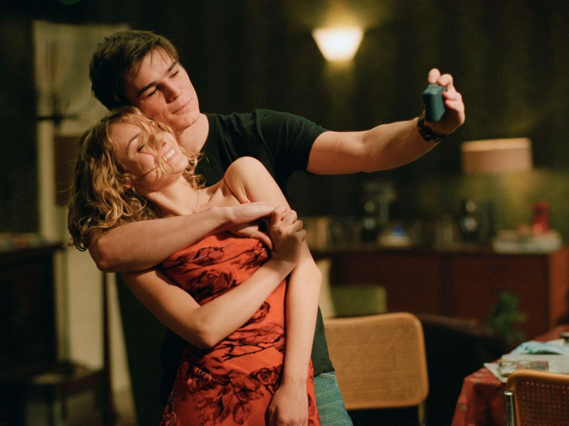 Вот нашла в интернете список хороших фильмов о любви. И решила