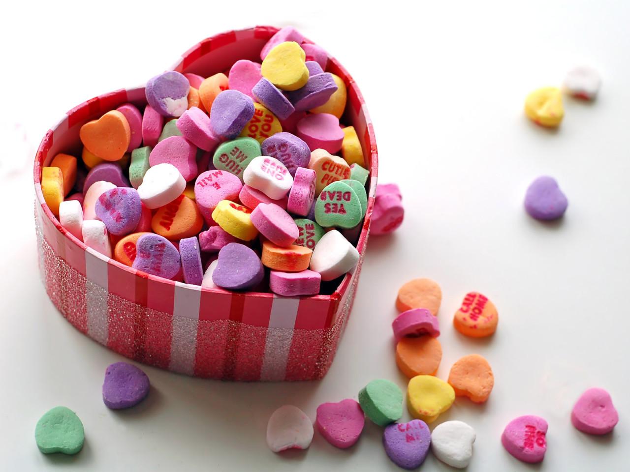 обои для рабочего стола коробка конфеты № 610479 бесплатно
