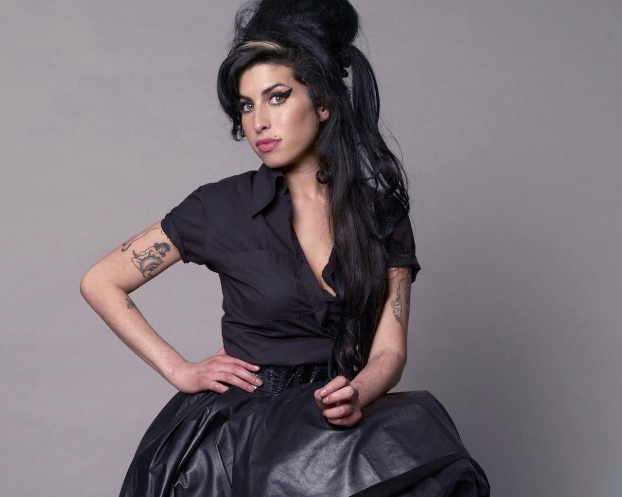british singer Amy Winehouse Desktop wallpapers 1280x1024