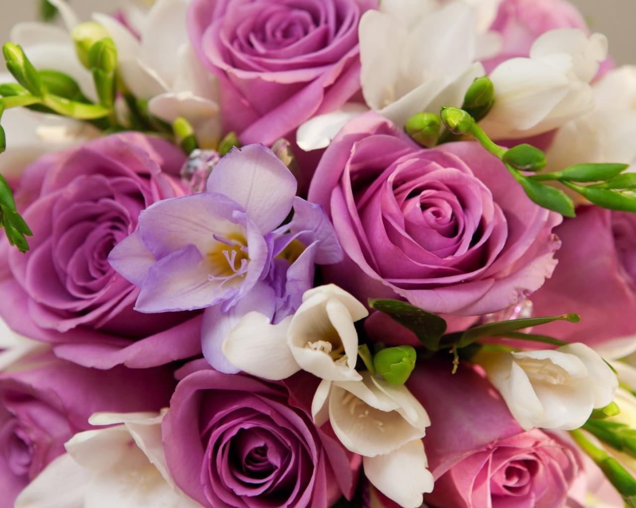 Красивые цветы в букетах