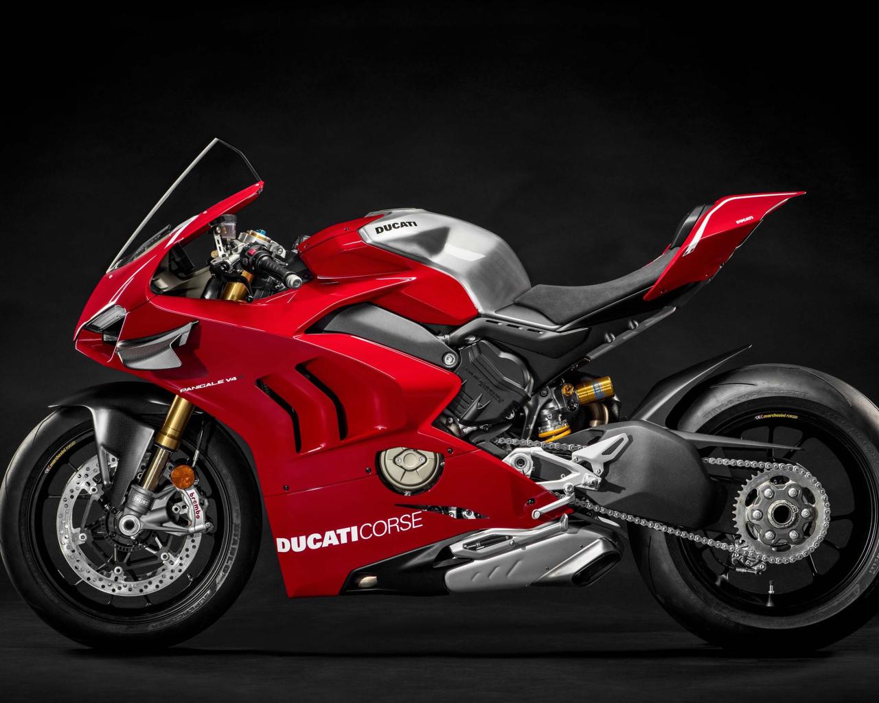 2018Motocycles___Ducati_Red_Ducati_Panig