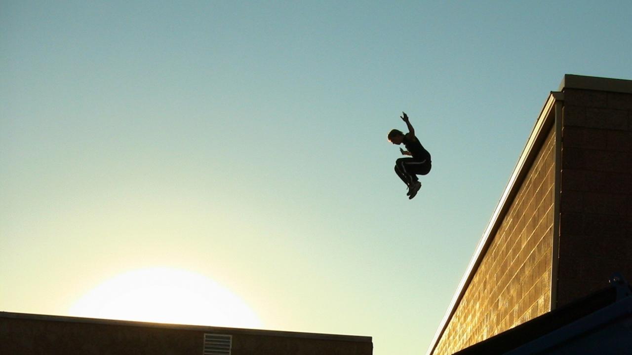 Трахает подругу на крыше 26 фотография