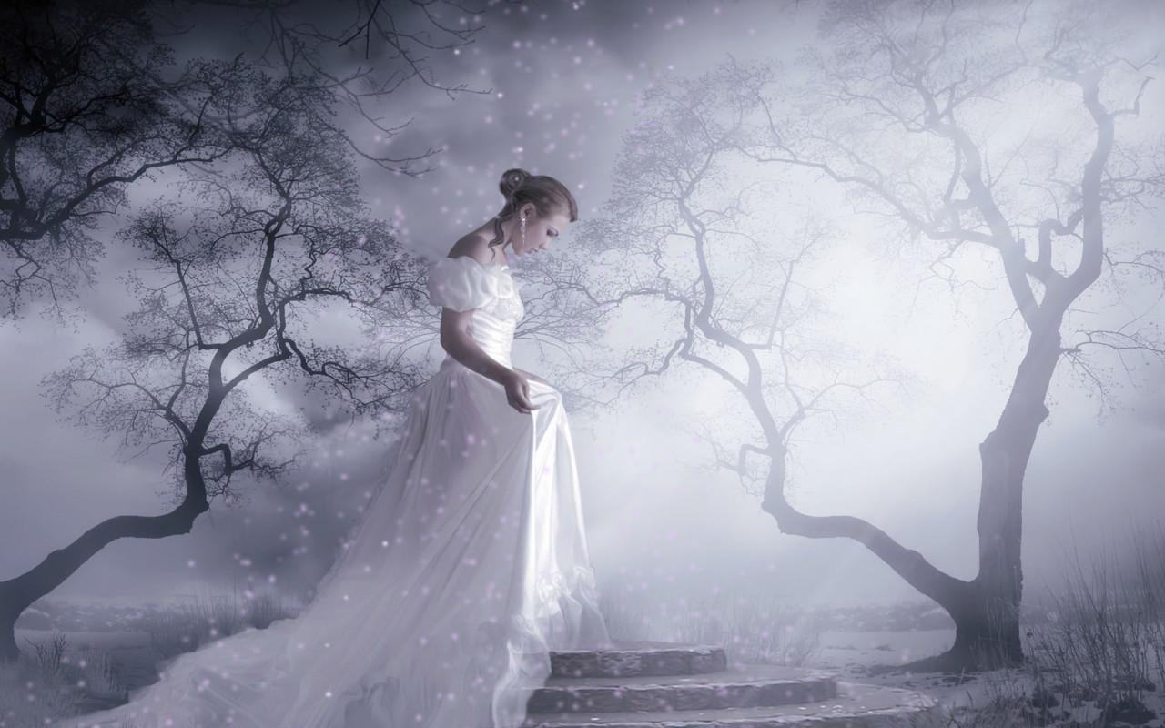 http://www.zastavki.com/pictures/1280x800/2009/Photoshop_White_dress_018308_.jpg