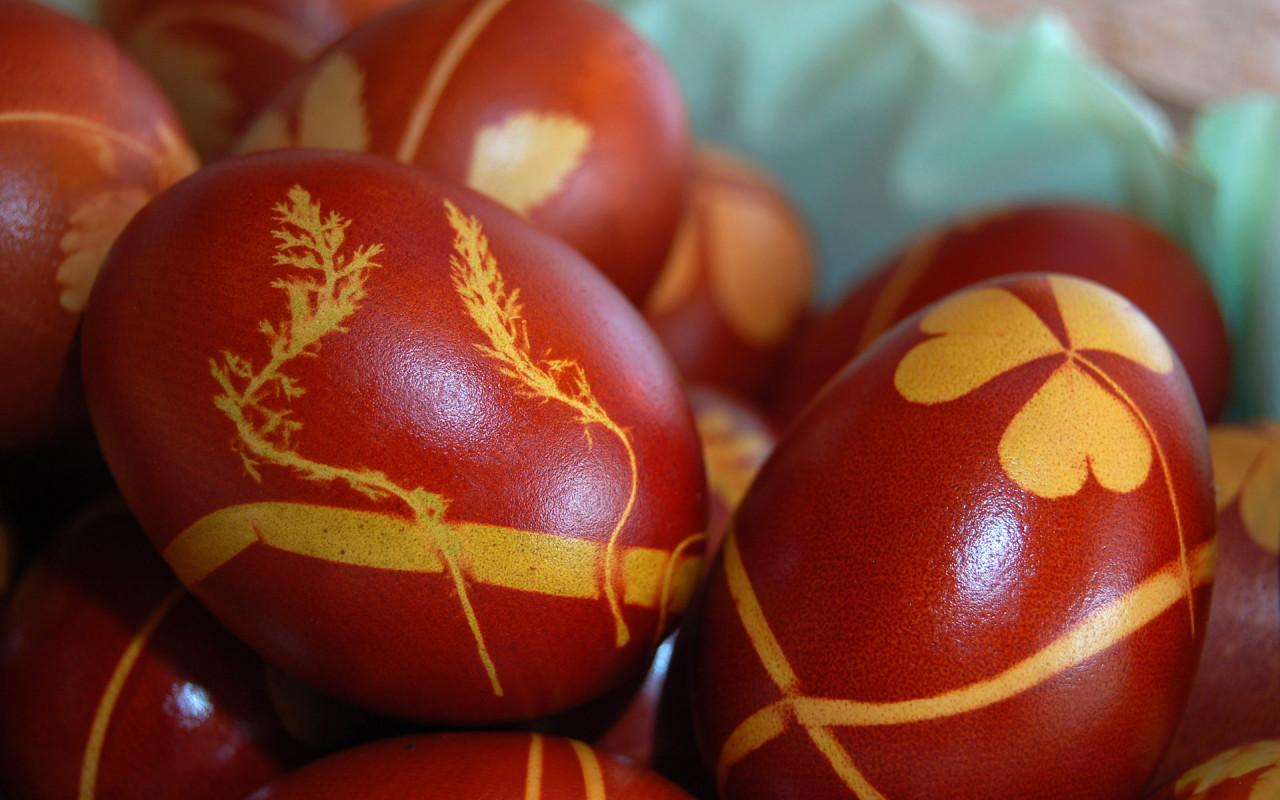 http://www.zastavki.com/pictures/1280x800/2010/Holidays_Easter_Orthodox_Easter_020685_.jpg