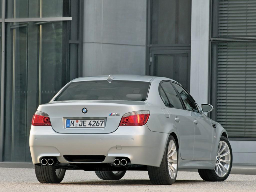 Поколения автомобилей BMW 5 Seri…