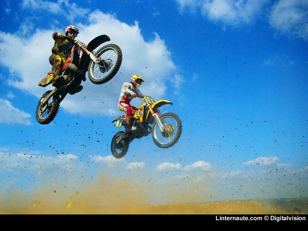 Картинки девушки на мотоциклах скачать 1