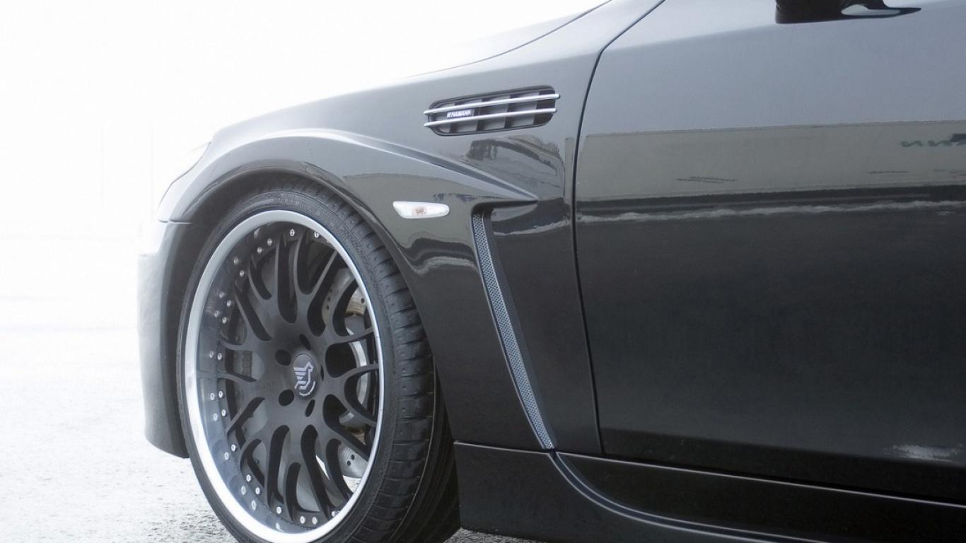 Авто на черных дисках фото