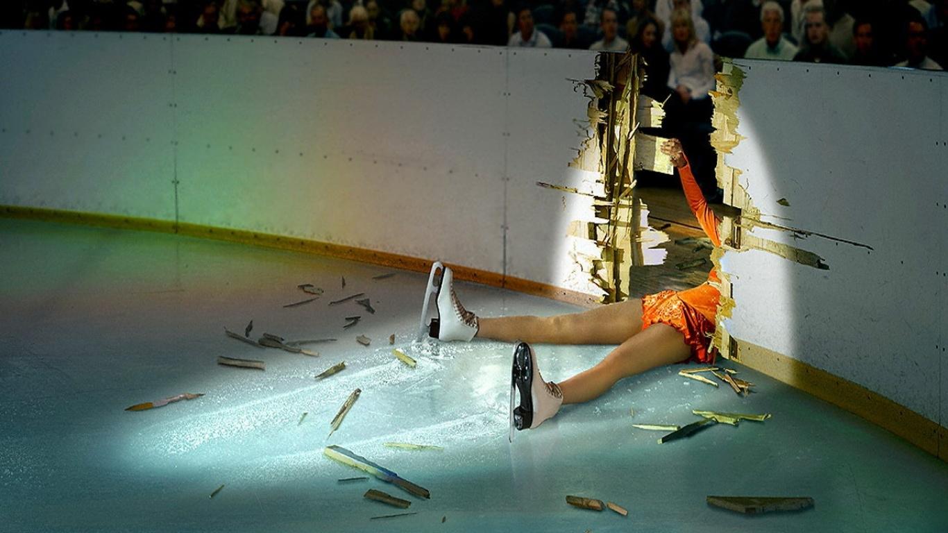 http://www.zastavki.com/pictures/1366x768/2009/Funny_wallpapers_Stars_on_Ice_014035_.jpg