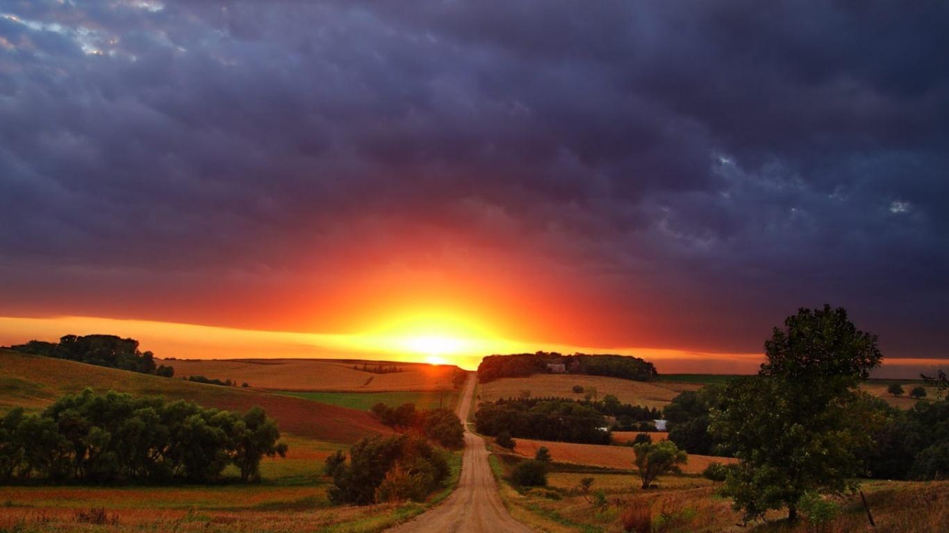 Beautiful Sunny Sunset Desktop Wallpapers 1366x768