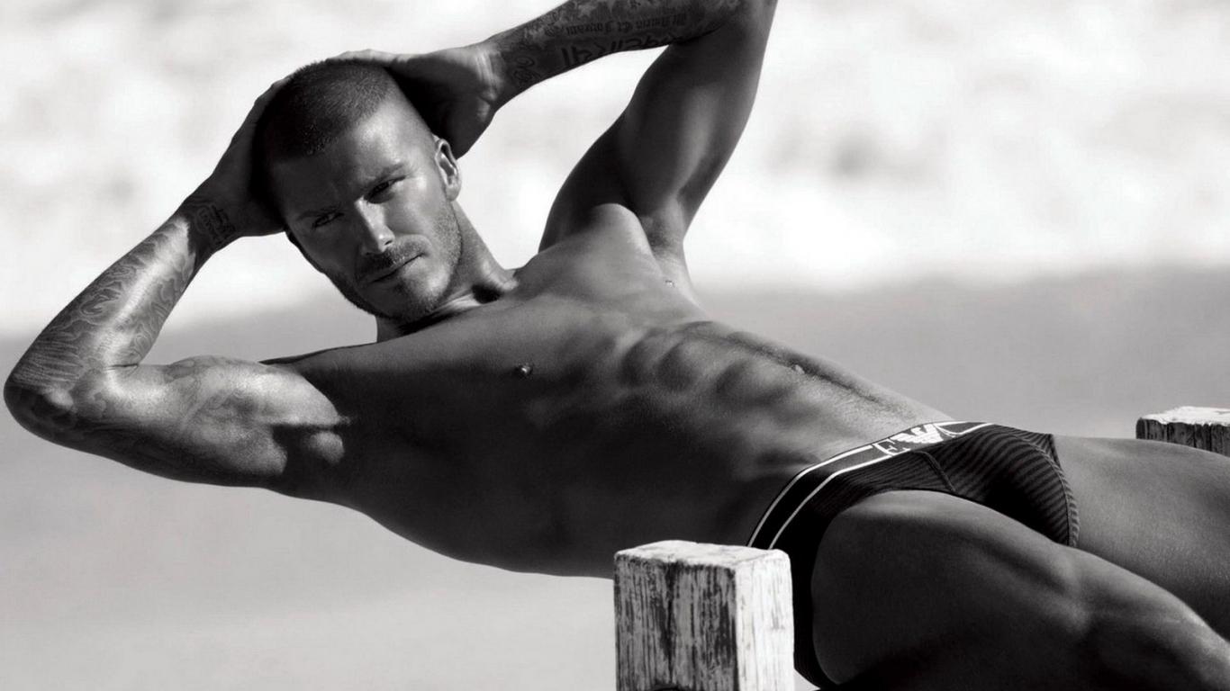 http://www.zastavki.com/pictures/1366x768/2010/Men_Male_Celebrity_David_Beckham_019867_.jpg