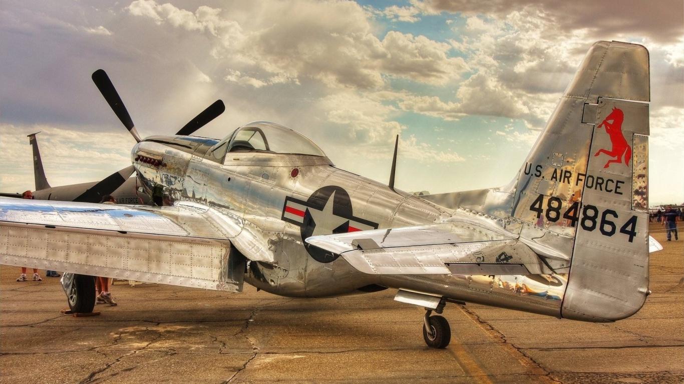 Old Plane P 51 Mustang Us Air Force Desktop Wallpapers 1366x768
