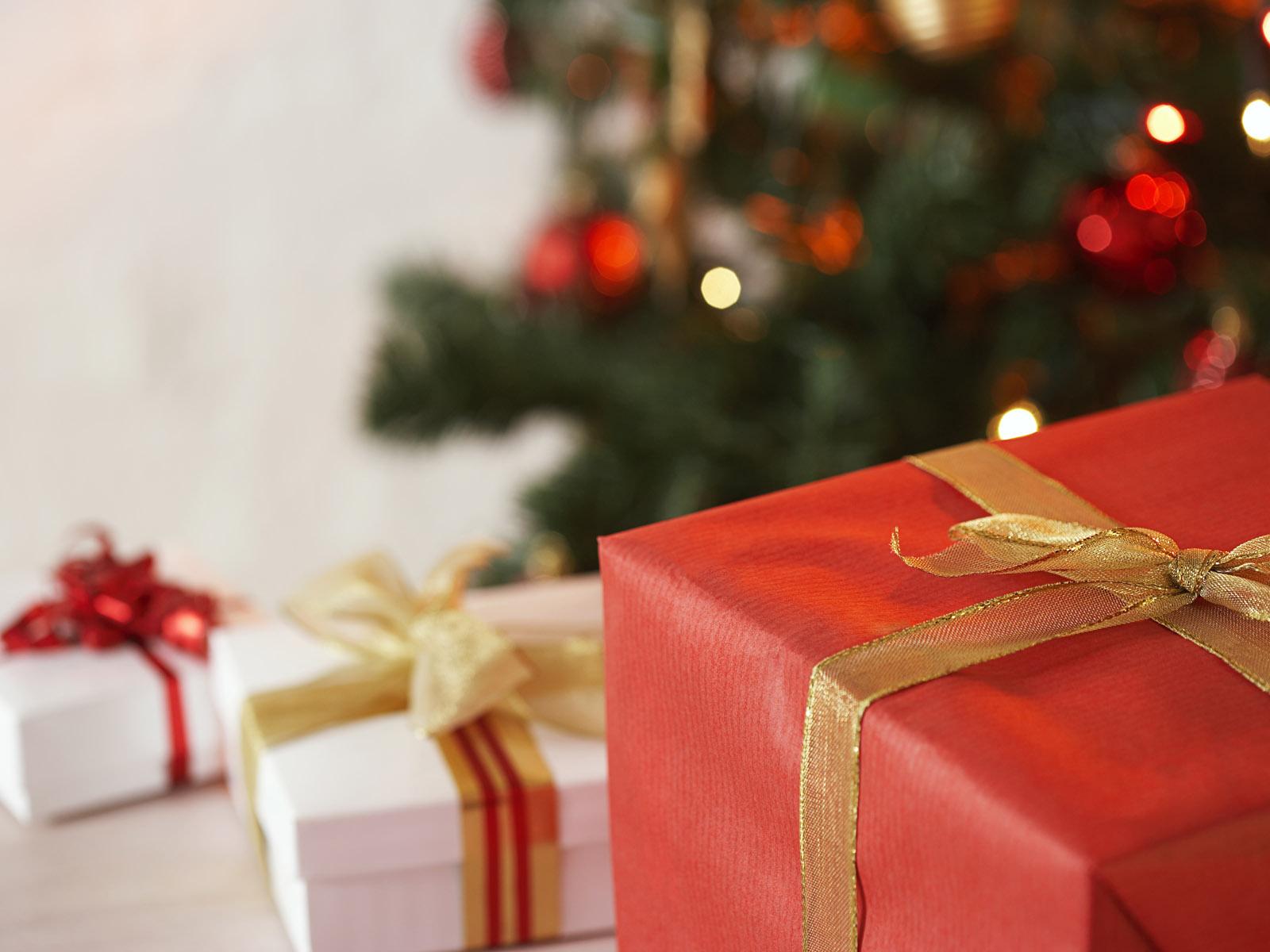 Подарок ребенку: список-напоминалка. Что подарить ребенку на 72