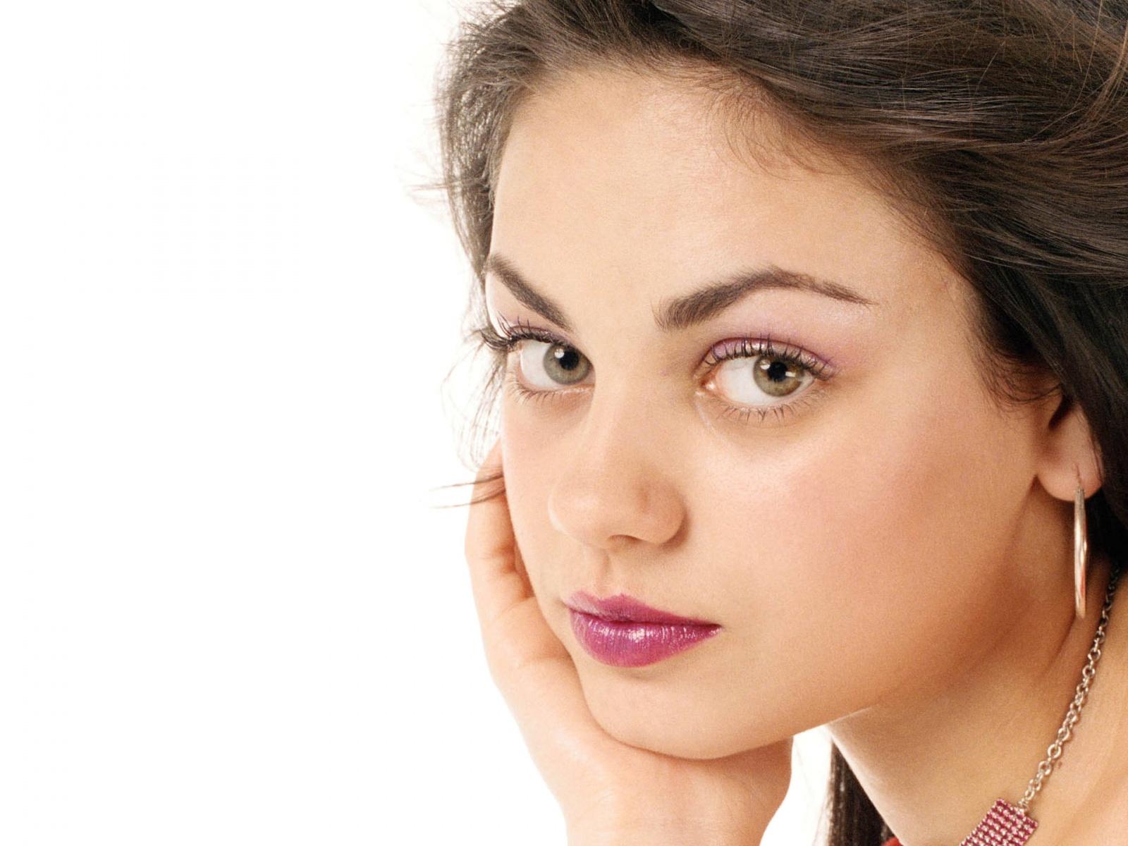 Mila Kunis Sex Scene  XVIDEOSCOM