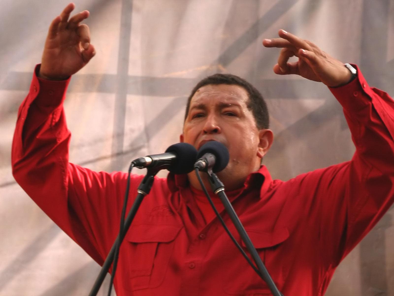 http://www.zastavki.com/pictures/1600x1200/2008/Men_Politics_Hugo_Chavez_010908_.jpg