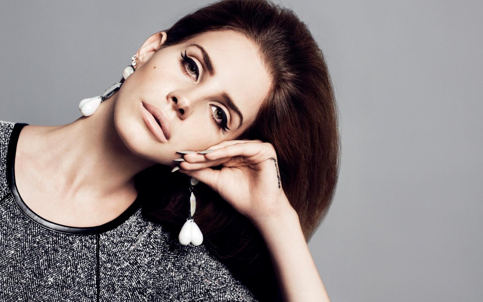 Lana Del Rey Desktop Wallpapers 1680x1050