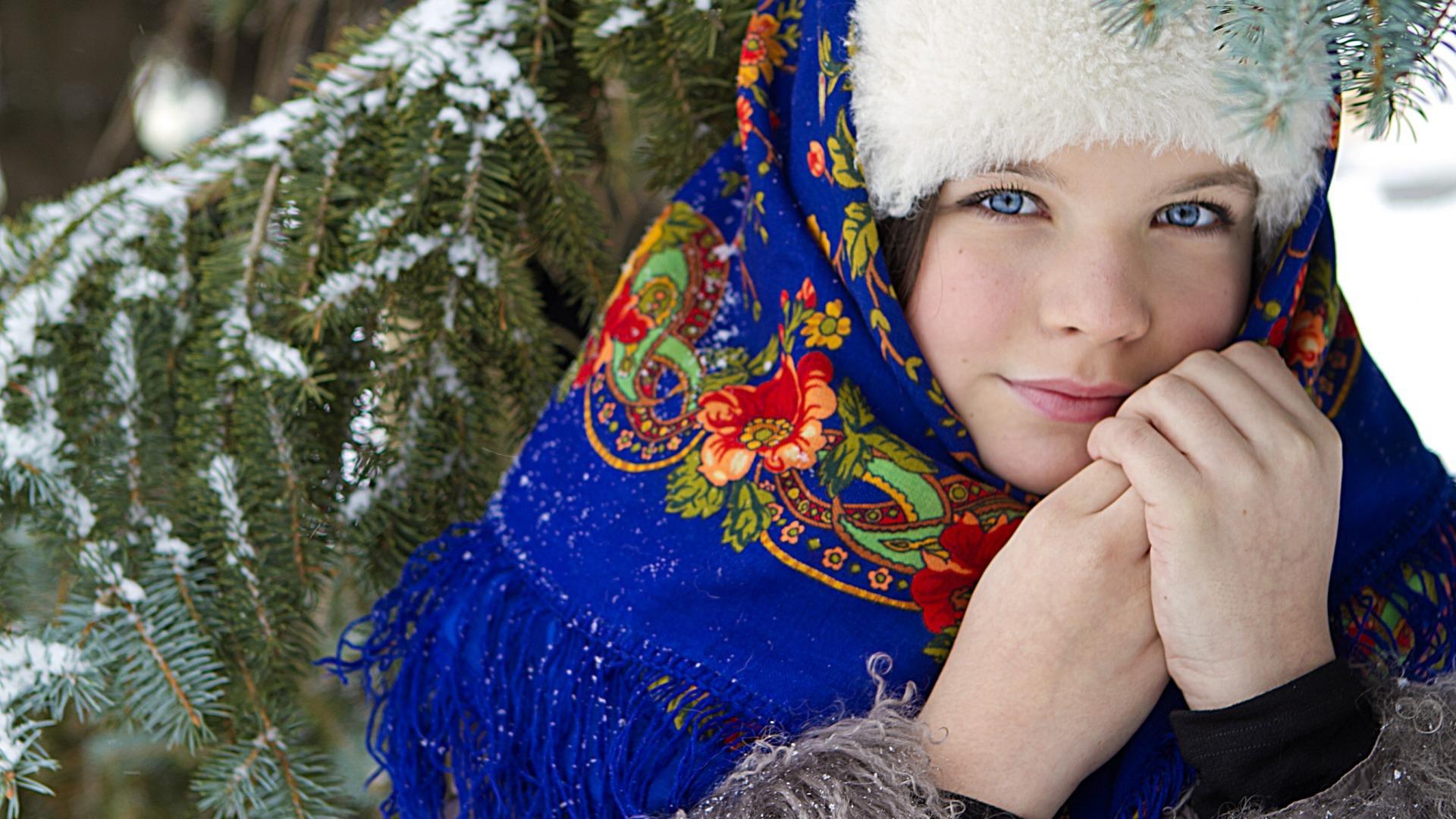 russkie-krasavitsi-onlayn-mulatka-rianna-erotika-foto