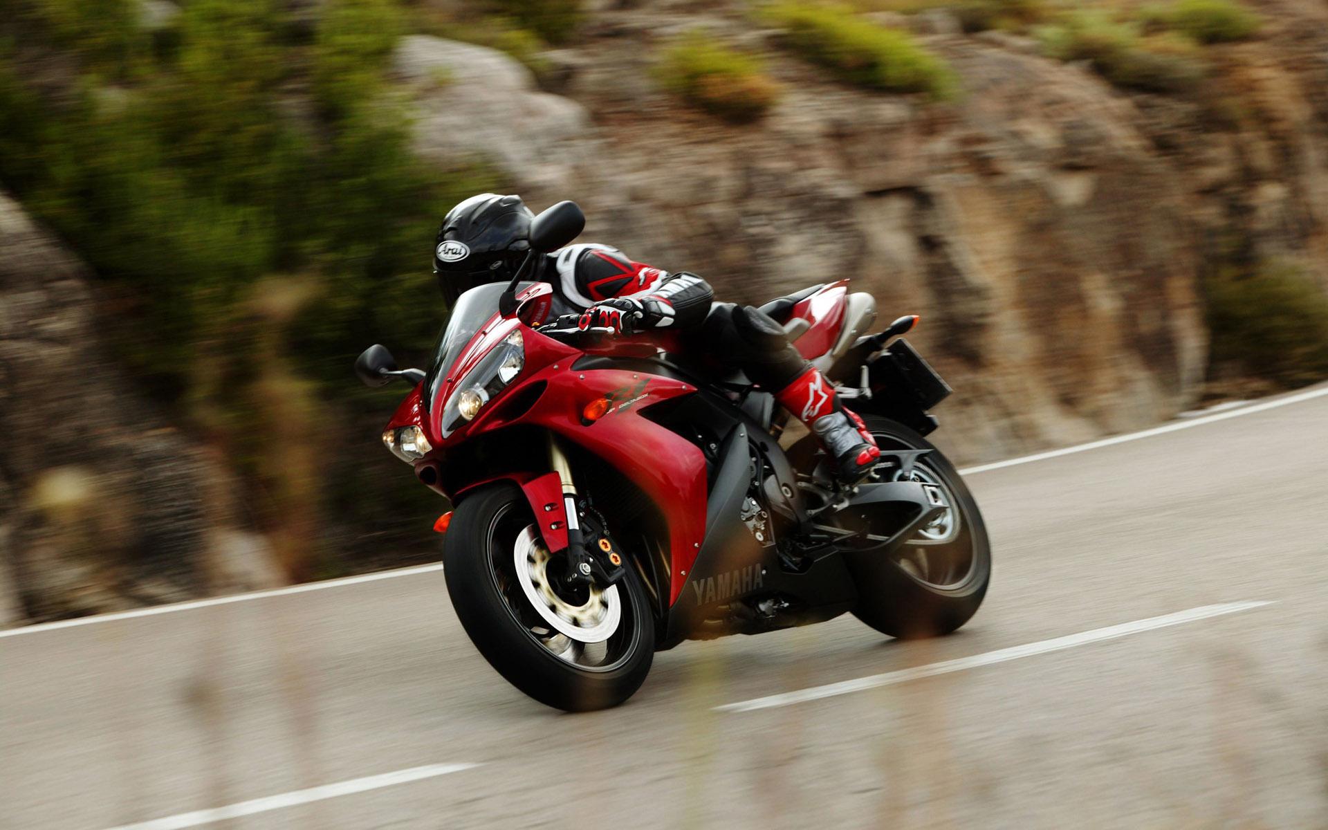 Zastaki.com - мотоцикл Ямаха R1
