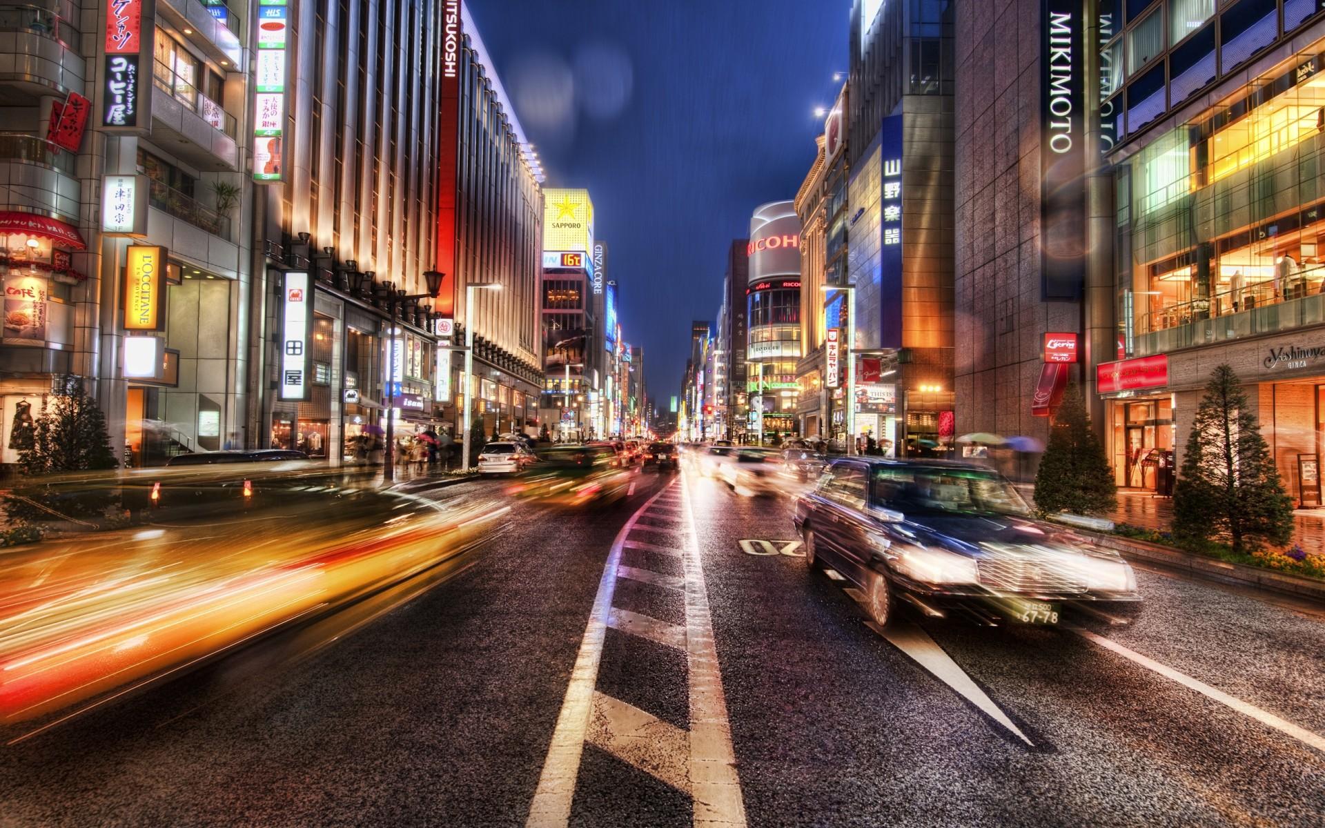 World_Japan_Night_street_Ginza_Japan_022608_.jpg