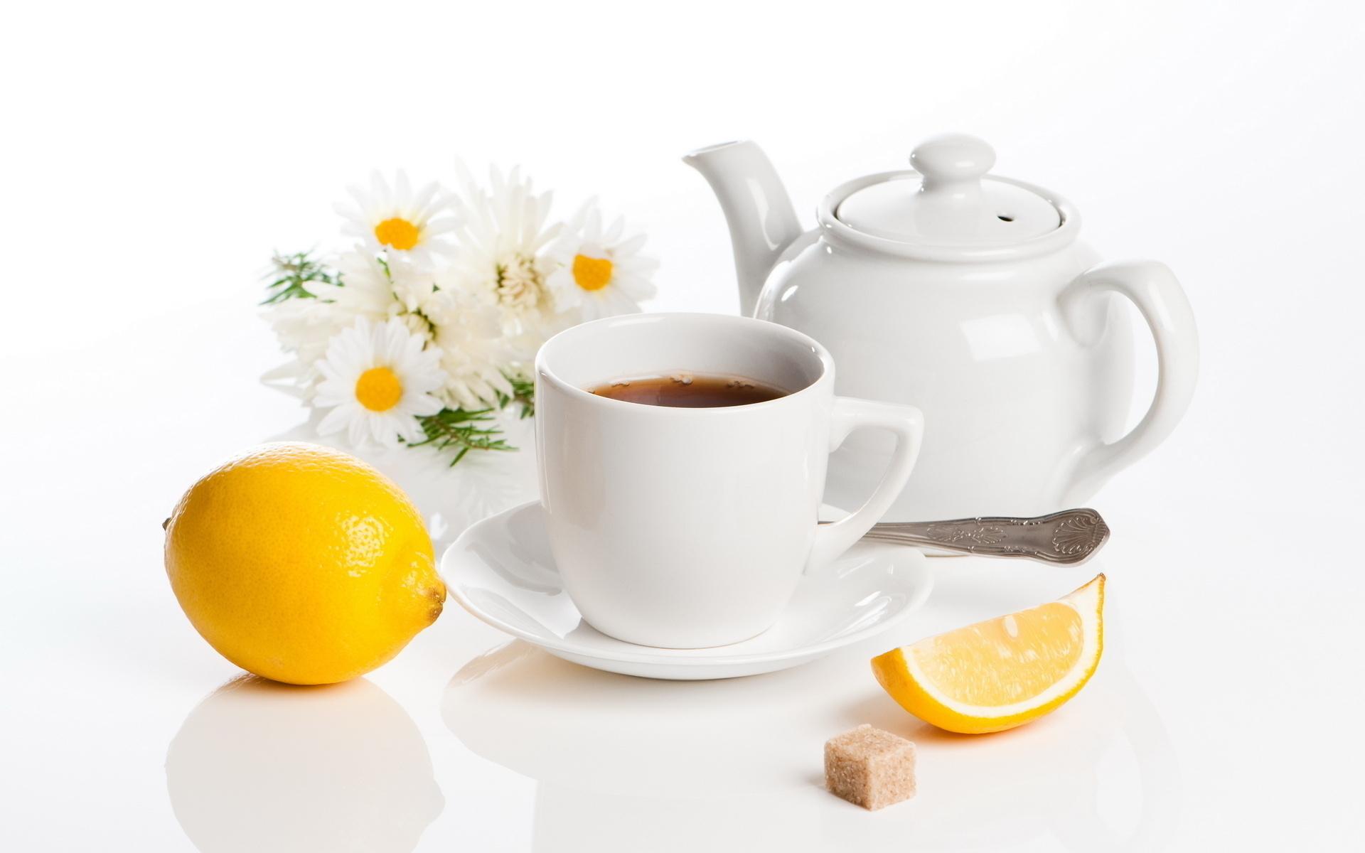 Лимон, заварник, ромашка, Чай.