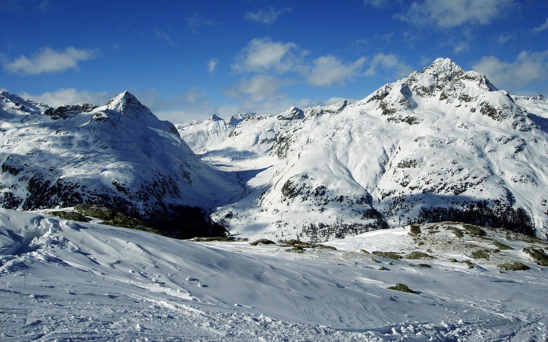 картинка снежные горы россии страны сосредоточено основном