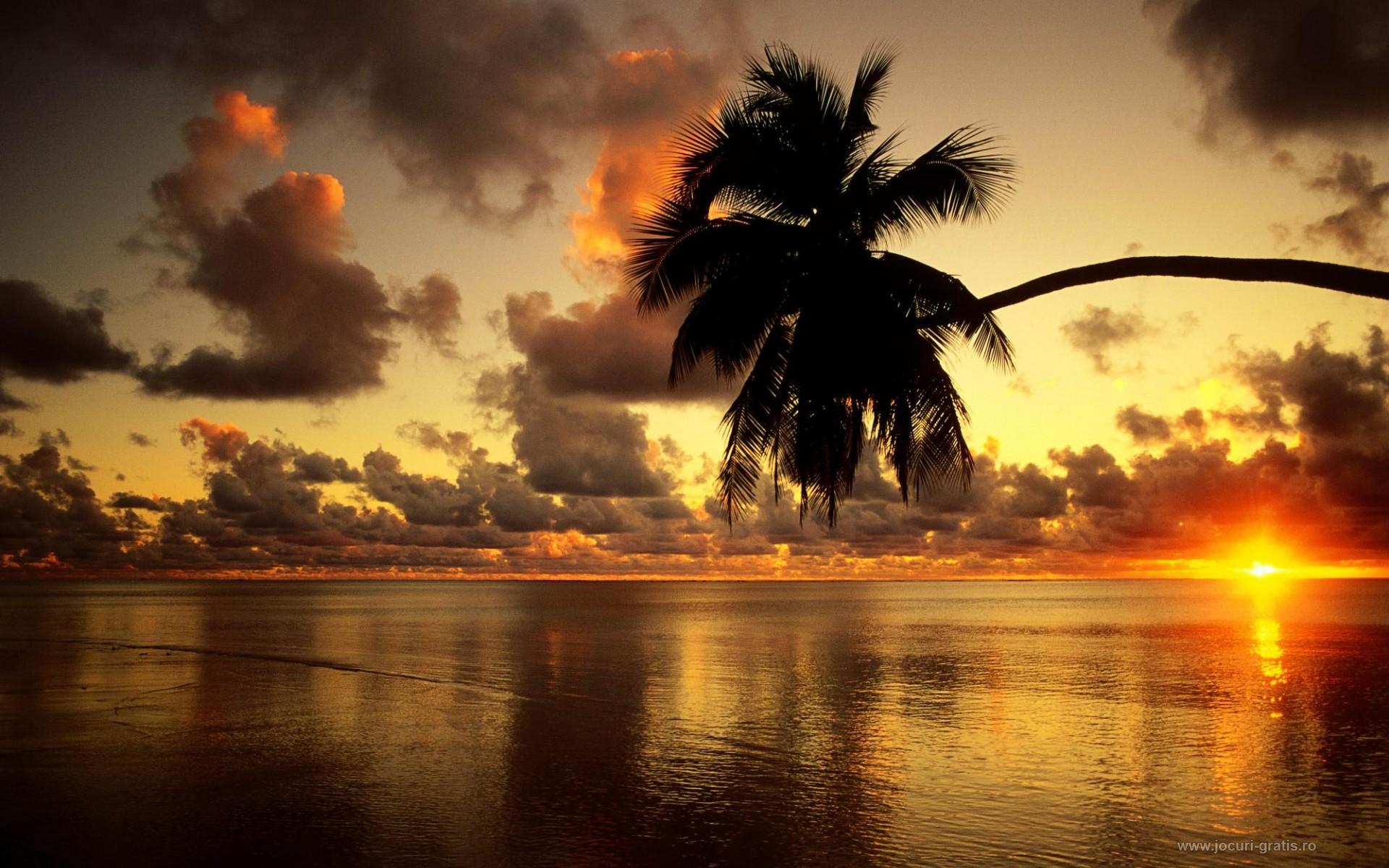 http://www.zastavki.com/pictures/1920x1200/2011/World_Bahamas_Sunset_Bahamas_029101_.jpg