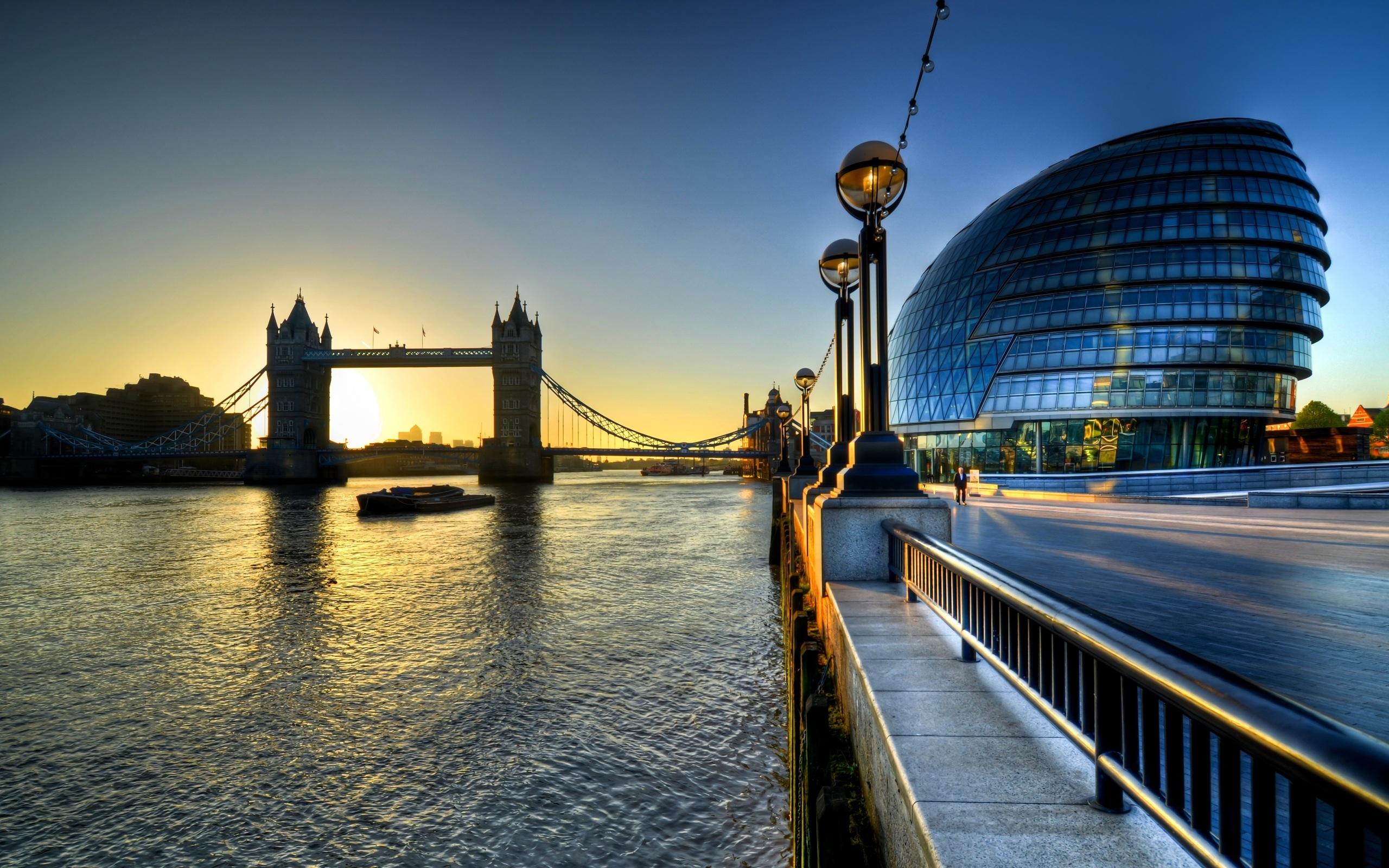 London View Wallpaper View of Tower Bridge