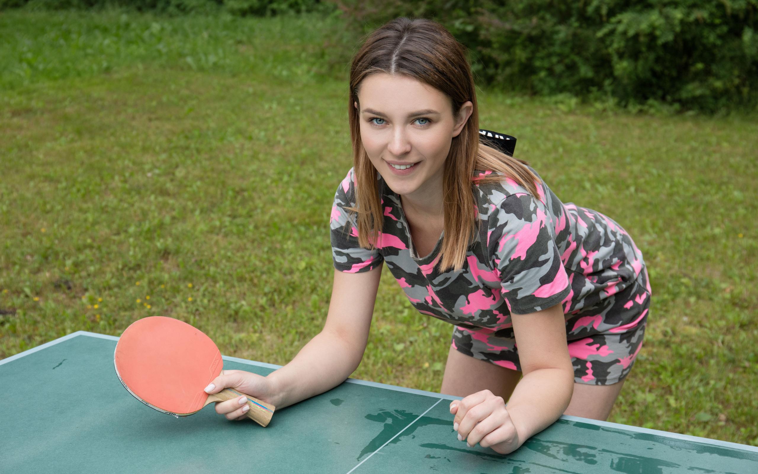 Член вошел смотреть теннис на раздевание трусах стоячим членом