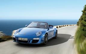 Porsche-Carrera-4-GTS Cabriolet