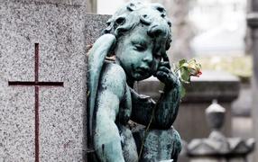 Bereaved angel