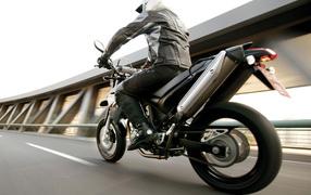 мотоцикл Ямаха XT660X 2004