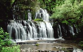 Parakaunui Falls New Zealand