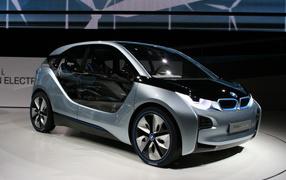 BMW i3 в автосалоне
