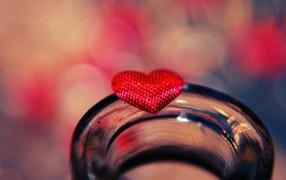 Алое сердце