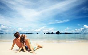 love on the beach, couple, on the ocean, romance, lovers, Ocean