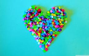 немного о любви, красочное сердце, конфеты