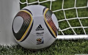 чемпионат мира, футбольный мяч, зеленая трава, сетка футбольных ворот, Адидас