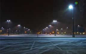 Паркинг зимней ночью