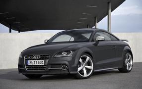 Новый автомобиль Audi TT 2014