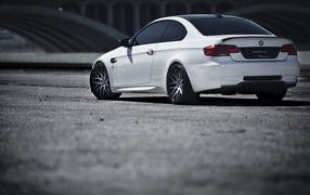 BMW M3 белый