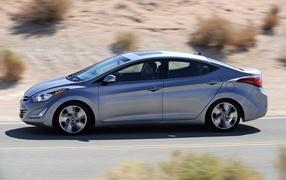 Новая машина Hyundai Elantra 2014