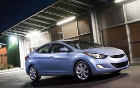 Тест драйв автомобиля Hyundai Elantra