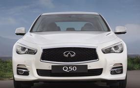 Тест драйв автомобиля Infiniti Q50 2014 года