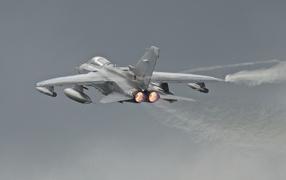 Aircraft tornado
