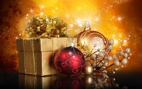 Рождественский подарок и игрушки