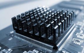 Микросхема с радиатором