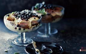 Bilberry dessert