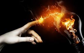 Рука и молния
