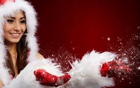 Девушка на рождественской одежде